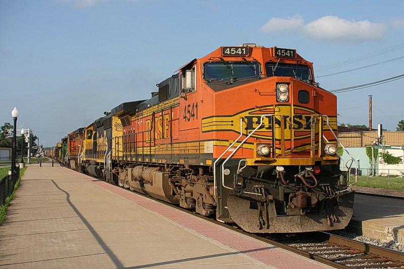 BNSF 4541